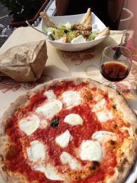 Neapolská pizza Margarita