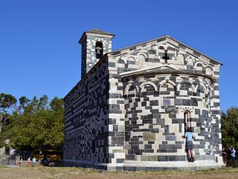 Pozdně románský pisánský kostel San Michele de Murato