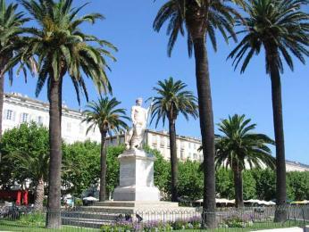 Socha Napoleona v Bastii