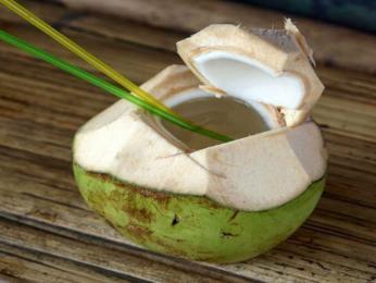 Agua de pipa - osvěžení přímo z kokosu