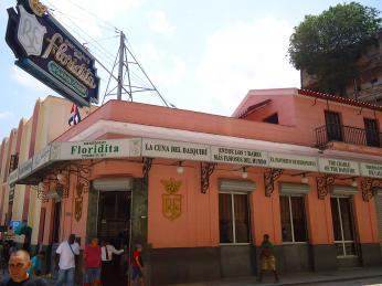 Oblíbený Hemingwayův bar Floridita, kam rád chodil na daiquirí