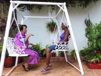 Kubánci rádi tráví čas konverzací se svými známými i neznámými