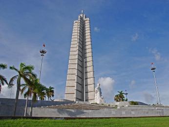 Kubánský vlastenec José Martí na havanském náměstí Revoluce