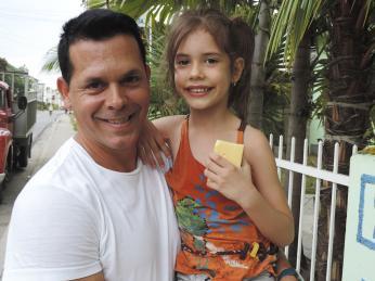 Ipřes každodenní problémy mají Kubánci stále úsměv na tváři