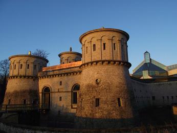 Pevnost Thüngen je někdy také přezdívaná Dräi Eechelen