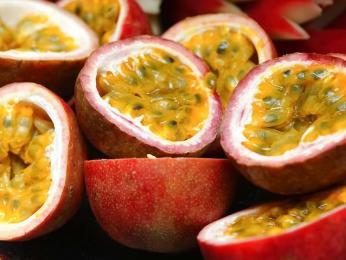 Marakuja je jen jedním z mnoha druhů tropického ovoce pěstovaného na Madeiře