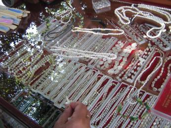 Ohridské perly patří k oblíbeným suvenýrům