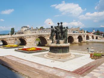 Kamenný most císaře Dušana je jedním zhlavních monumentů Skopje