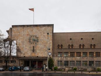 Bývalé železniční nádraží ve Skopje dnes přebudované na muzeum