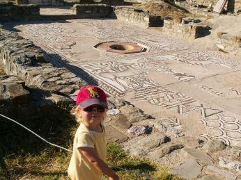 Mozaiky ve starobylém městě Stobi