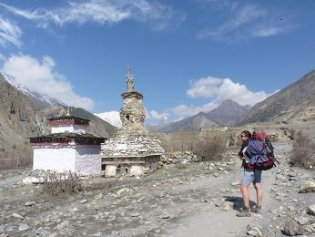 Na treku kolem Annapuren se mění ráz krajiny od tropické po suchou tibetskou