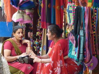 V Káthmándském Thamelu se suvenýry nakupují snadno