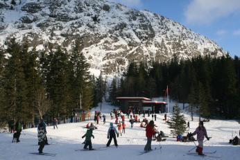 Norové mohou v zimě vyrazit na lyže hned za město