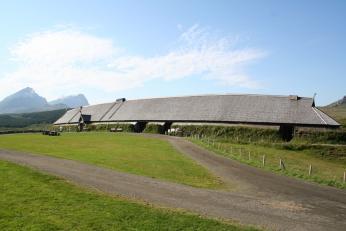 Rekonstrukce vikinské haly v souostroví Lofoten