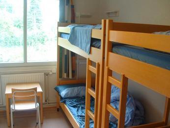 Sdílené pokoje v hostelech nabízejí pohodlí za rozumnou cenu