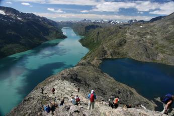 Hřeben Besseggen v pohoří Jotunheimen