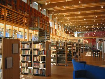 Knihovna v budově Sámského parlamentu