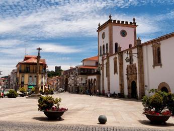 Náměstí starého města Bragança