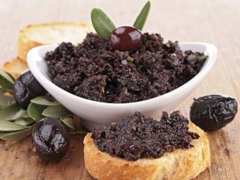 Olivová pasta tapenade