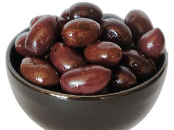 Oblíbené černé olivy zKalamaty