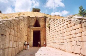 Tzv. Atreiova kupolová hrobka vMykénách