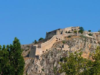 Pevnost Palamidi leží na 216m vysoké skále