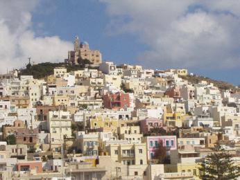 Syros a kdysi významné Ermupolis