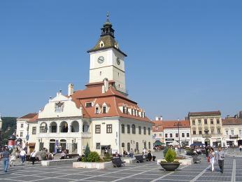 Centrální brašovské náměstí Piaţa Sfatului