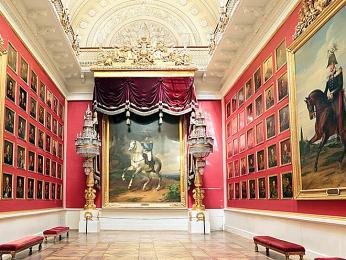 Interiér galerie Ermitáž skrývá více než 3miliony uměleckých děl
