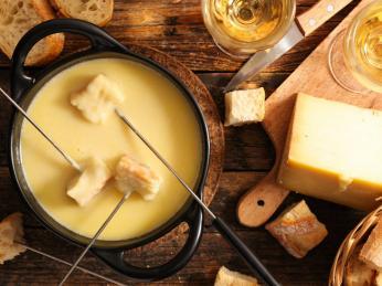 Fondue je perfektním způsobem, jak si vychutnat savojské sýry