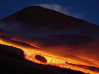 Etna je jedním ze stále činných evropských vulkánů