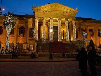 Teatro Massimo je největším divadlem vItálii