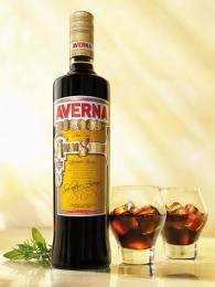 Bylinkový likér Amaro Averna má tajnou recepturu