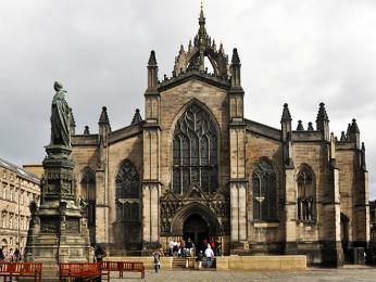 Edinburská katedrála, která je zasvěcena svatému Gilovi