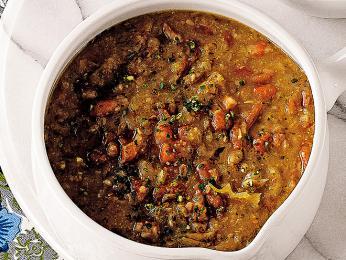 Jota - polévka zfazolí a kyselého zelí