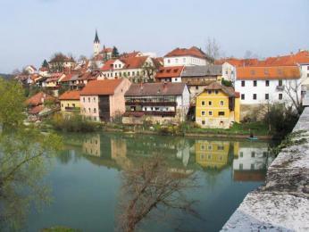 Novo Mesto (řeka Krka a staré město)