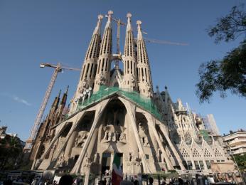 Gaudího Sagrada Família v Barceloně