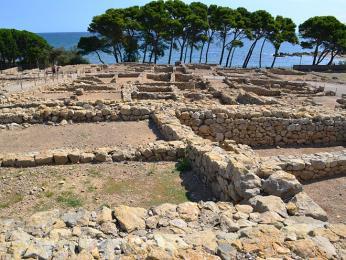 Antické ruiny v katalánském městě Empuriés