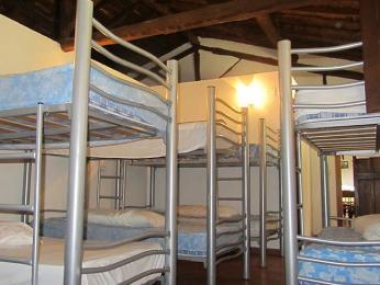 Spací místnost ubytovny