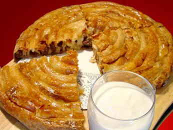 Burek, typická pochoutka zlistového těsta