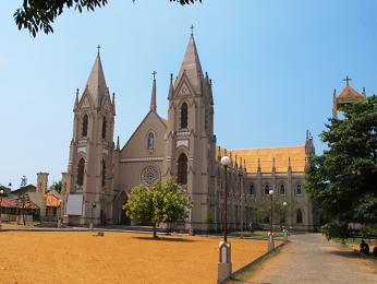 Kostel vNegombu