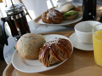 Přestávka skávou a něčím sladkým je pro běžného Švéda zcela nepostradatelná věc