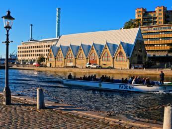 Rybí tržnice zvaná Feskekôrka (Rybí kostel)