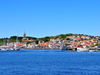 Malebné rybářské městečko Grebbestad (kraj Bohuslän, Västra Götaland)