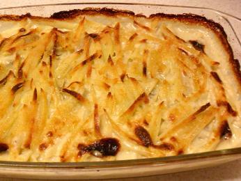Pokrm ze zapečených brambor srybami Janssons frestelse