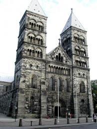 Románská katedrála vLundu, poznávací znamení města