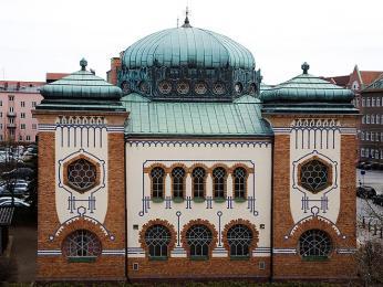 Malmö synagoga vmaurském stylu