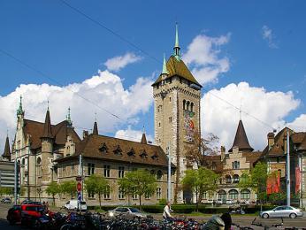 Sbírky Švýcarského zemského muzea přibližují historii a kulturu Švýcarska