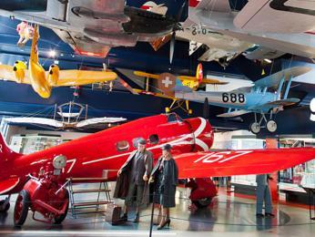 Švýcarské muzeum dopravy je zábavní komplex věnovaný dopravě