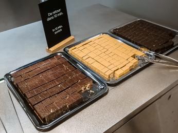Degustace oblíbené čokolády Ragusa včokoládovně Chez Camille Bloch